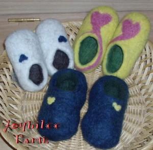 Baby-clogs-300x294