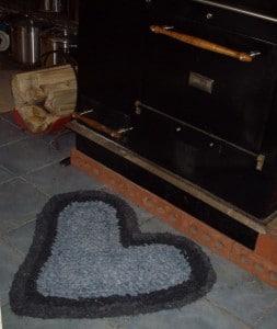 Jean crochet heart rag rug
