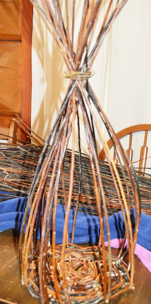 Willow basket upsett