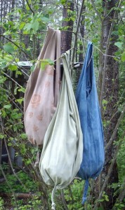 Fiber Friday – DiY Market Bags from upcycled T-shirts