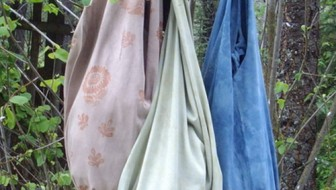 Naturally dyed market bags