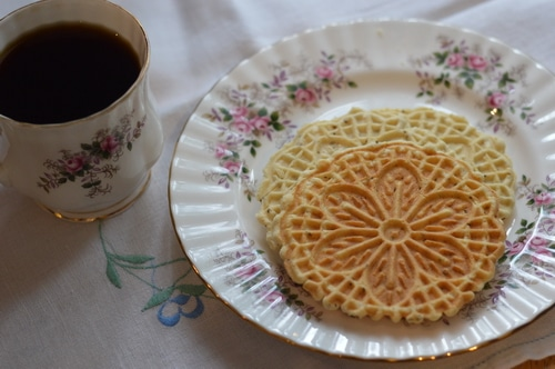 Pizzelles anise 2