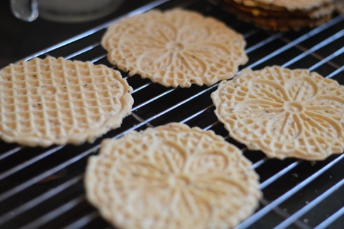 Pizzelles anise 7