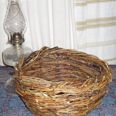 Weave a Rustic, Round Willow Basket, Part 1 – Choosing Your Materials