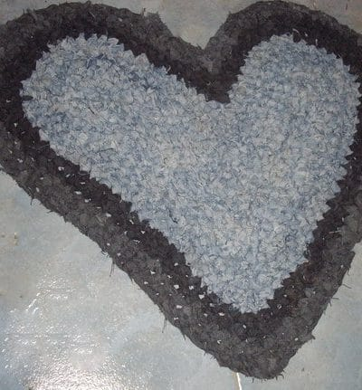The Secret to Crocheting Flat Circular, Oval or Heart-Shaped Rag Rugs