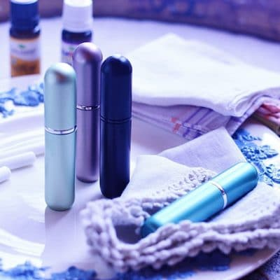 Two Ways to Use an Essential Oil Inhaler for Quick Relief