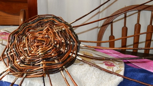 Basket weaving - Willow basket making - Staking up 2