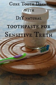 DIY Remineralizing Tooth Powder that May Cure Tooth Decay