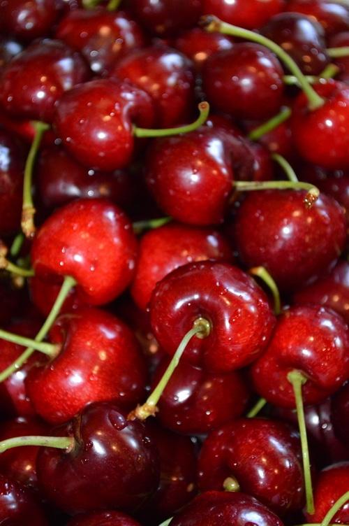 Fresh cherries just washed