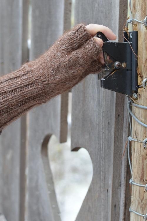 fingerless glove knitting pattern
