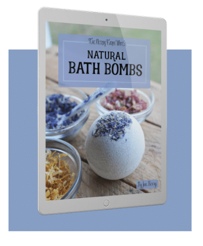 Natural Bath Bombs you can easily make at home.