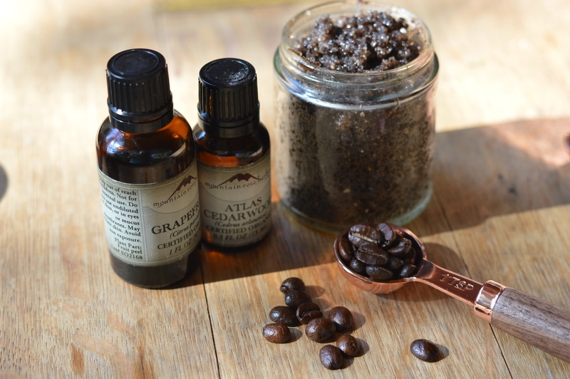 This DIY coffee scrub is rich in minerals, exfoliating and helps to smooth cellulite, soothe varicose veins, and brighten and tighten aging skin.