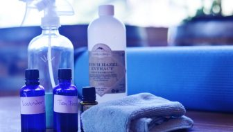 Easy DIY Yoga Mat Spray to Keep Your Exercise Mat Fresh and Disinfected