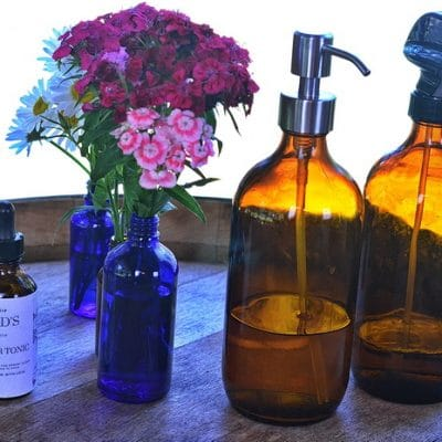 10 Creative Ways to Upcycle Essential Oil Bottles Instead of Throwing Them Out