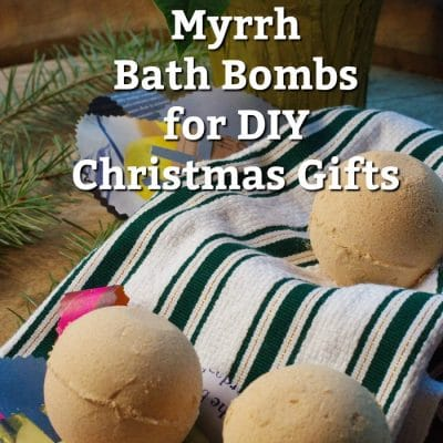 Gold, Frankincense and Myrrh Bath Bombs for Your DIY Christmas